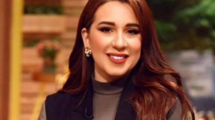 بلاش شتيمة فى أمى.. أسما شريف منير ترد على منتقديها بسبب الهجوم على الشعراوي