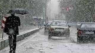 أمطار تصل لحد السيول وأتربة.. الأرصاد تحذر من طقس الأيام المقبلة